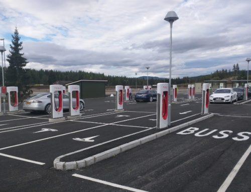 Tesla Supercharger: La estación de autos eléctricos más grande del mundo